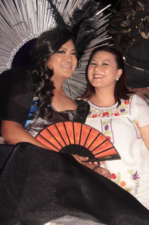 Miss Ilocoslovaklush with  Mahjang Leano who practically reigned in all beauty contests in Ilocos Norte (except the Sunflower, of course).