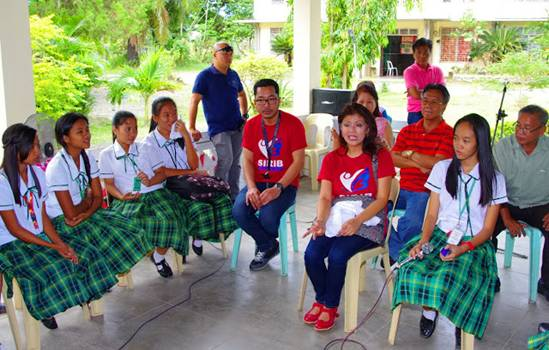 CONSULTATION. Manang Imee talks to young people about