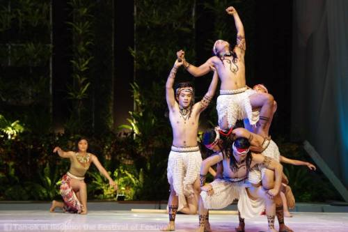 Batac's young dancers sizzle as they celebrate their city's rich culture